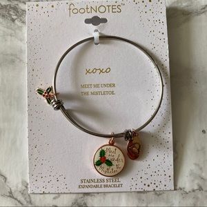 footnotes bracelet meet me under the mistletoe